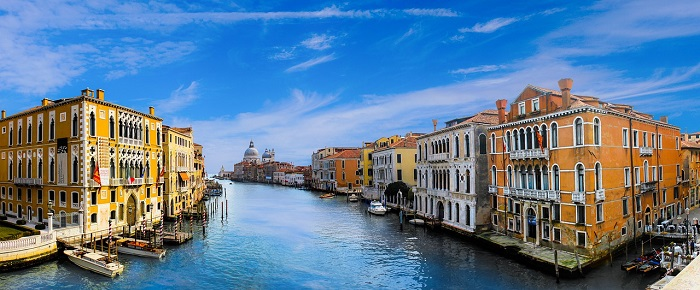 cheap flights from italy